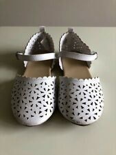 Girls Gymboree White Cutout Mary Jane Flats, Size 10T. Adorable!