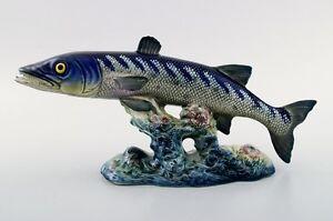 BESWICK BARRACUDA MODEL NO 1235. porcelain figurine