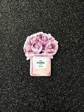 5pc.  Perfume planar flatbacks, resin cabochon, bow center, scrapbook, cell