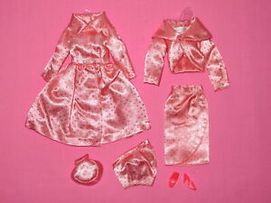 Mattel - Pink Satin Glitter Dots Barbie Doll Outfit 1963?
