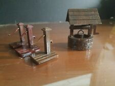 Plasticville O Scale Train Accessories  1 Wishing 3 Well Place Pump.