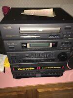 Aiwa NSX-220 Bookshelf Stereo System CD Cassette Radio w/ Speakers