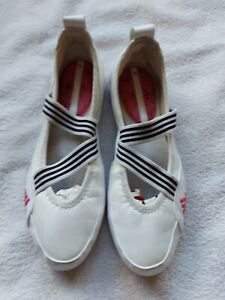 Adidas Ladies White Slip On Casual Shoes Size 5