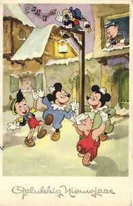 PC DISNEY, PINOCCHIO, JIMINY CRICKET, PIGS, Vintage Postcard (b27740)