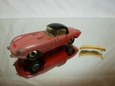 DINKY TOYS 120 JAGUAR E TYPE + 2 TOPS - RED 1:43 - GOOD CONDITION