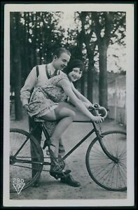 c Biederer bicycle drivers school French nude woman original 1925 photo postcard