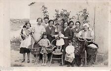 BK329 Carte Photo vintage card RPPC Femme woman portrait de famille groupe