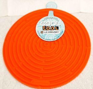 "Le Creuset Cool Tool Flame/Orange 8"" Round Silicone NWT"