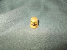 "vintage Red flower Hand Painted WOODEN ""SHALOM"" PEACE THIMBLE"