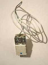 Zanussi Refrigerador//Congelador termostato de descongelación 4055088803 Electrolux
