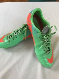 Nike Mercurial Soccer Cleats, Youth Size 4.5