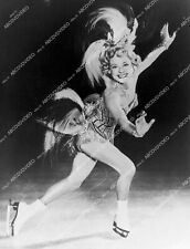 8b20-20120 Sonja Henie on the ice 8b20-20120