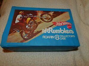 Hot Wheels RRRumblers Roarin 8 Case 9 RRRumblers Motorcycles 6 Riders 3 Guides