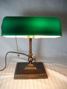 1917 Marked Verdelite  Bankers Desk Lamp w/ Green Cased Glass Shade Excellent