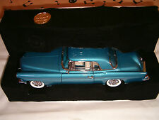 1/18 LINCOLN CONTINENTAL MARK II 1956