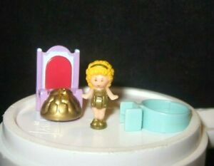 """Polly Pocket """"Polly Plays Princess Ring"""" Doll Ring Throne Bluebird 1990 Complete"""