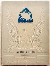 1944 GARDNER FIELD ARMY FLYING SCHOOL YEARBOOK, TAFT, CA, CLASS 44-C, CLASS 44-D