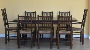 Oak Table & 8 Chairs
