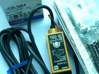 One New Omron, E3S-R2E4, Photoelectric Sensor Switch 12-24VDC