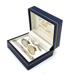 Beautiful Rhodium plated cufflinks & tie pin set in original jewellers box. VGC