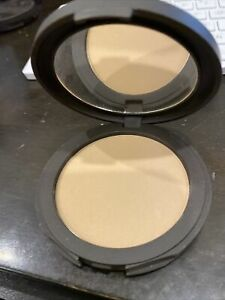 Tarte Smooth Operator Amazonian Clay Pressed Powder Tan Color As Ahown