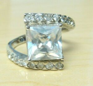 925 Sterling Silver Simulated Diamond Band Ring Size 8