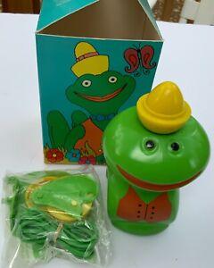 New Avon Bubble Bath Jumpin Jimminy frog jumper bath set NOS