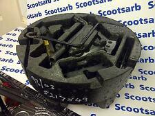 SAAB 9-3 93 Toolkit & Foam Plastic Piece 1999 - 2003 5217849 5298757