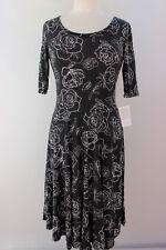 Medium LuLaRoe Noir Blanc Nicole Dress White Black Roses SOFT Cottony Light 28