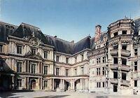 BR54870 Blois la cour d honneur du chateau france