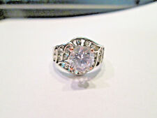 GORGEOUS  SILVER LOOK RING SIMUILATED DIAMONDS  1 LARGE, 18 SMALL STONES  SIZE 7