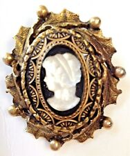 Vintage Pin Brooch Cameo Woman Black White Gold Glass