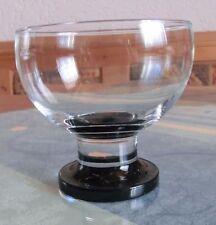 144P# Eisbecher aus Glas mit schwarzem Fuß