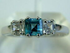 CLASSIC 9CT WHITE GOLD BLUE TOPAZ DIAMOND LOOK THREE STONE RING