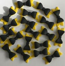 EDIBLE BOWS X 12- APPROX 5CM WIDE - PICK YOUR OWN COLOURS...