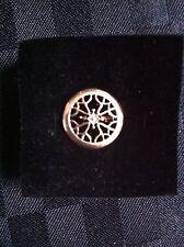 AVON Signature Collection Lapel Pin Brand New In Box Jewellery Fashion