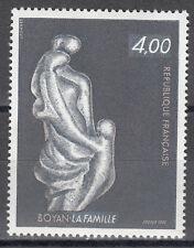"""France / Frankreich Nr. 2353** """"Die Familie"""" Skulptur von Marc Boyan"""