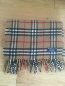 BURBERRY LONDON MENS CLASSIC CHECK DESIGN 100% WOOL WINTER SCARF