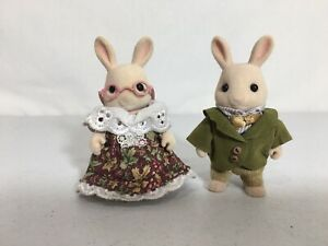 Calico critters/sylvanian families Periwinkle Bunny Grandparents