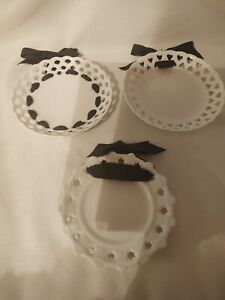 Twos Company White Decorative Retriculated Plates / Lot of 3