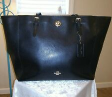 Coach Turnlock Black Pebble Leather Tote Bag Gold Hardware Hangtag and Dust Bag