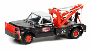 GREENLIGHT TEXACO 24HR ROAD SERVICE 1970 CHEVROLET C30 DUALLY WRECKER [PRESALE]