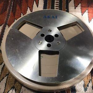 "AKAI metal 7"" original take up reel to reel With Flaws"