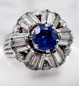 Saphir-Ring - 1 Saphir + 24 Diamanten - 750er Weiß-Gold - insgesamt 4,42 ct.