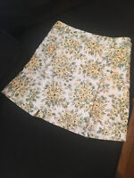 Ann Taylor LOFT EUC White/Yelllow/Gree Floral A-Line Pleated Skirt - Size 4