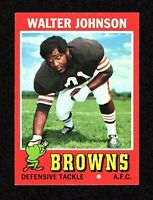 1971 Topps #104 Walter Johnson Cleveland Browns Football Card EX/MT