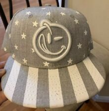 NEW ERA 9FIFTY YUMS SNAPBACK CAP Grey With White Stars And Stripes