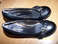 """BONGO BRAND BLACK BELTED SIZE 7.5M SYNTHETIC MATERIAL PUMPS 3.25"""" HEELS"""