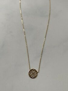 9CT GOLD CUT OUT ROUND NECKLACE