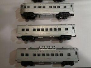 LIONEL 2432 - 2434 - 2436 PASSENGER CARS